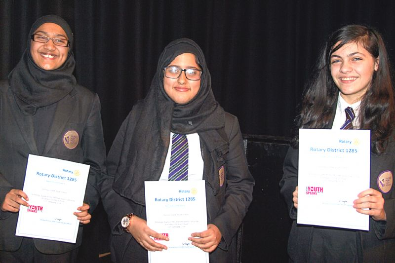 Falinge Park HS team A, Iman Kazmi, Farah Khan and Shannon Hitchings, were intermediate heat winners with their topic GOLDEN NUGGETS